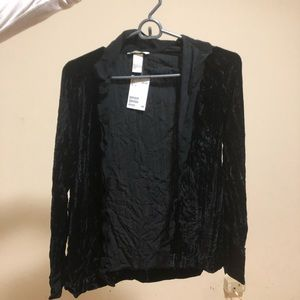 HM black velvet shirt